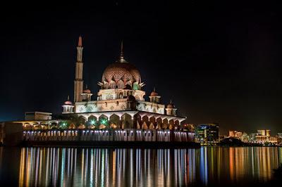 Masjid Puterajaya in Malaysia