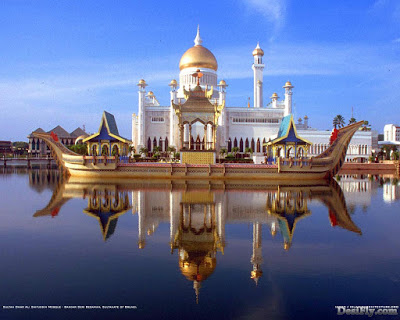 Sultan Omar Ali Saifuddin Mosque - Islamic Wallpapers